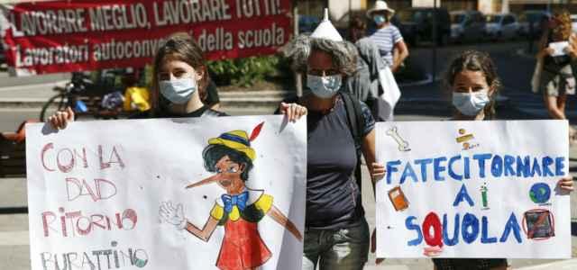 scuola studenti protesta 7 lapresse1280 640x300