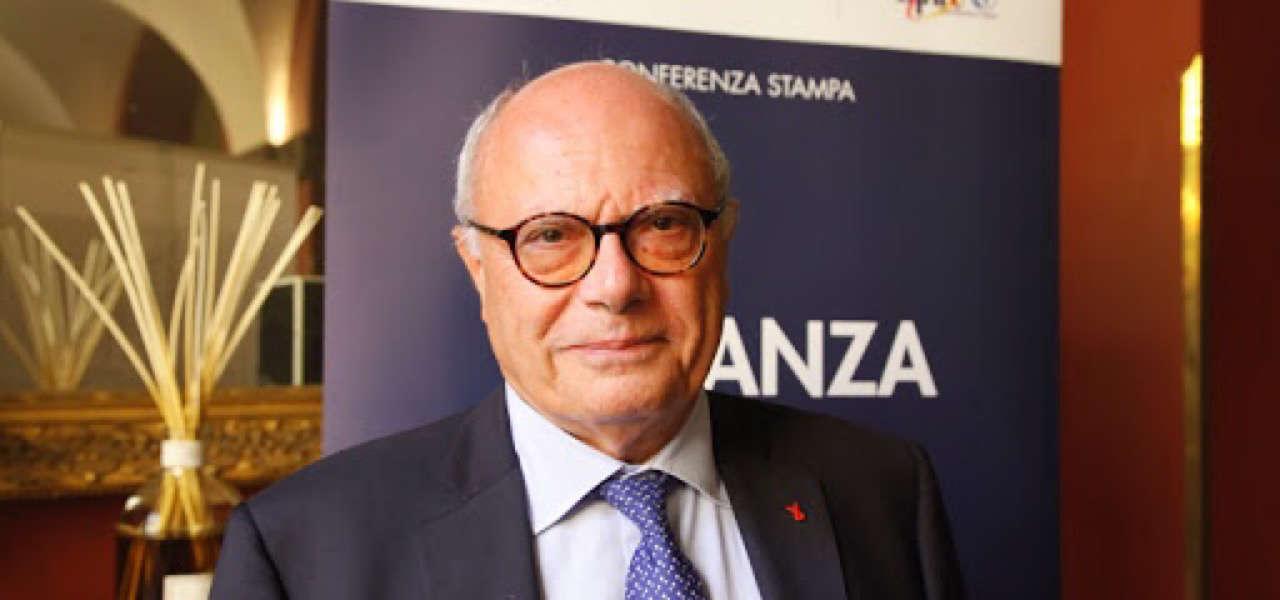 L'infettivologo Massimo Galli