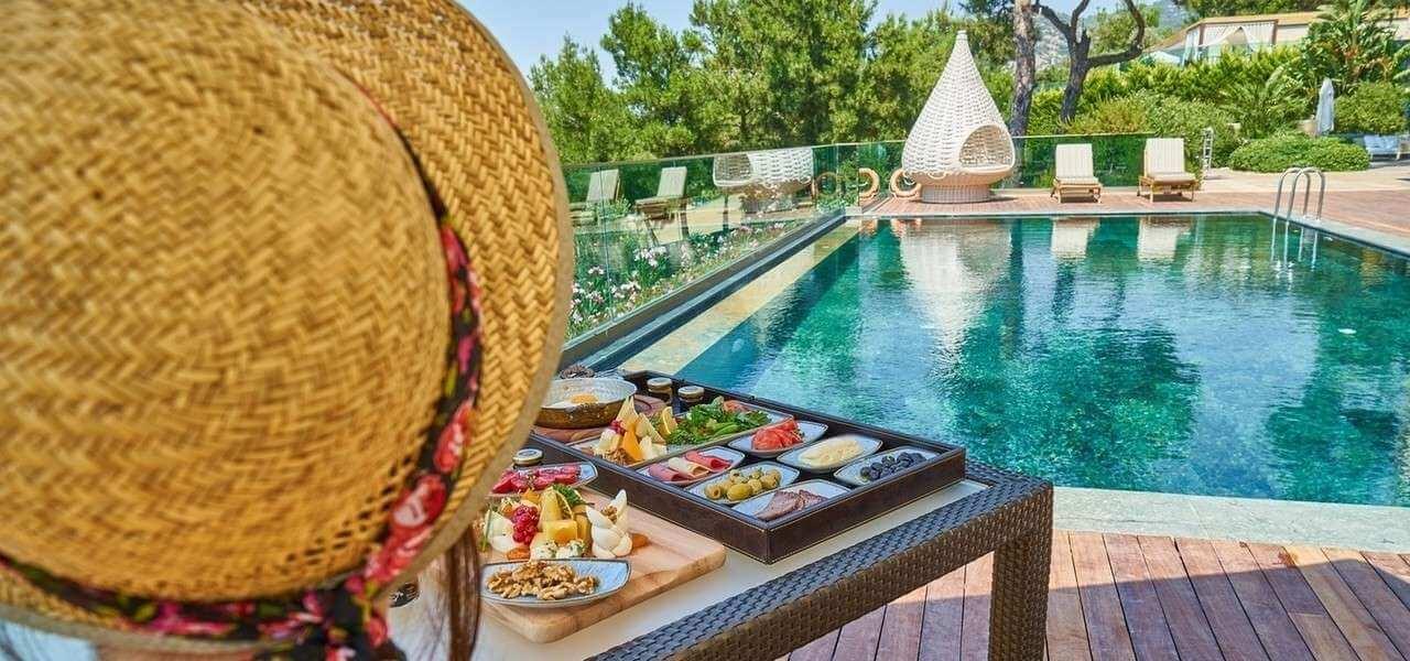 Hotel Piscina Cliente Pixabay1280