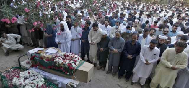 Pakistan Rawalpindi funerale lapresse 2020 640x300