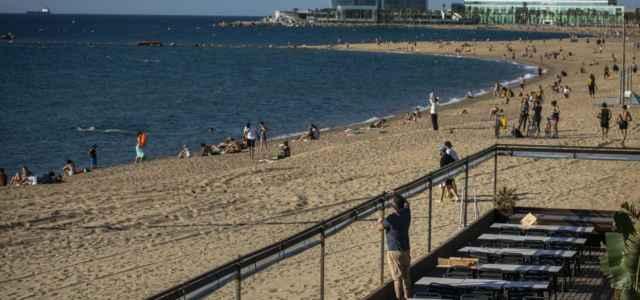 Spiaggia veduta lapresse 2020 640x300