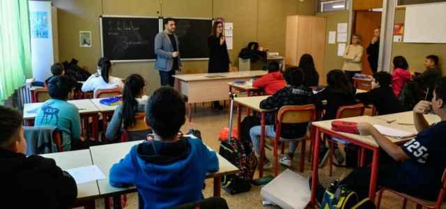 Scuola classe Milano lapresse 2020 640x300