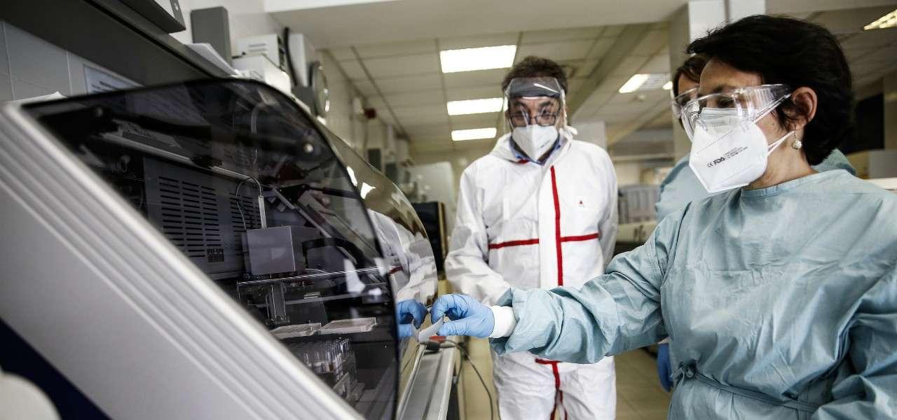 Coronavirus laboratorio lapresse 2020