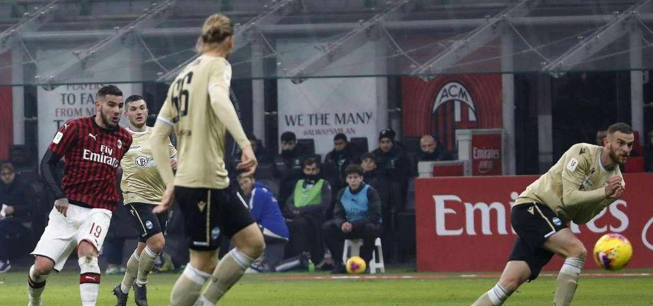 Theo Hernandez tiro Milan Spal lapresse 2020