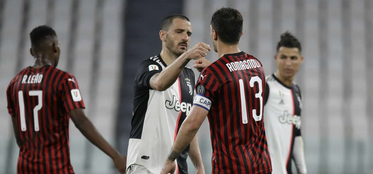 Bonucci Romagnoli saluto Juventus Milan lapresse 2020
