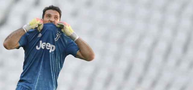 Gigi Buffon morso maglia Juventus lapresse 2020 640x300