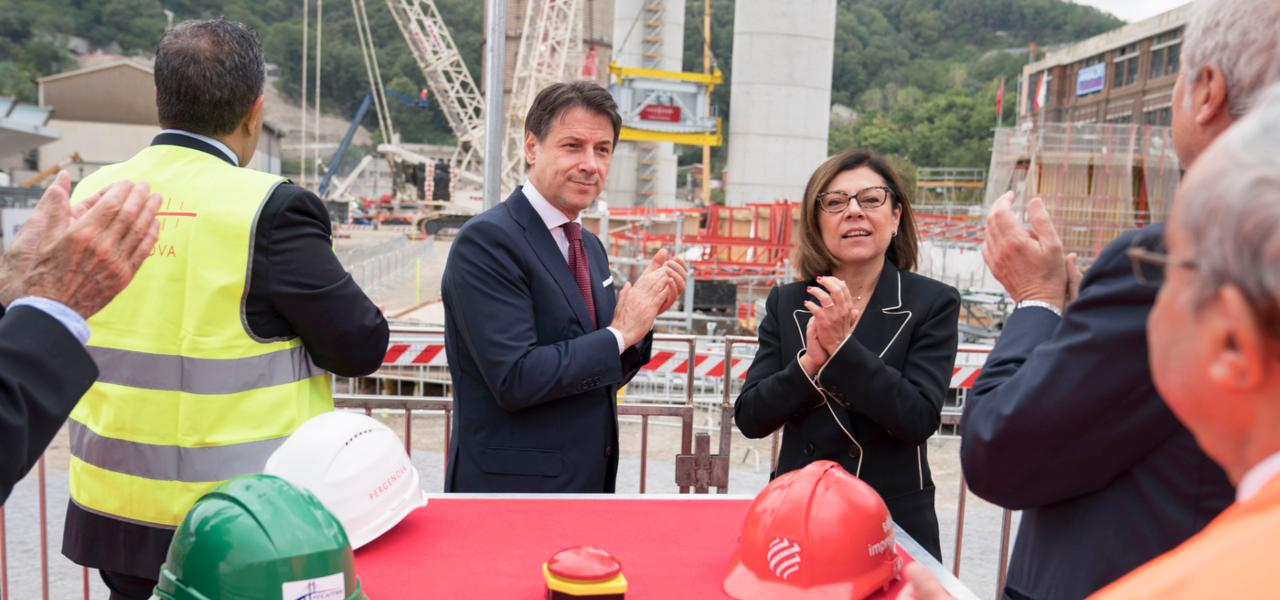 Conte e De Micheli a Genova