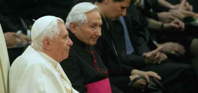 Papa Ratzinger e il fratello