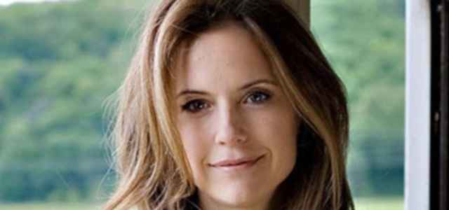 kelly preston instagram 640x300