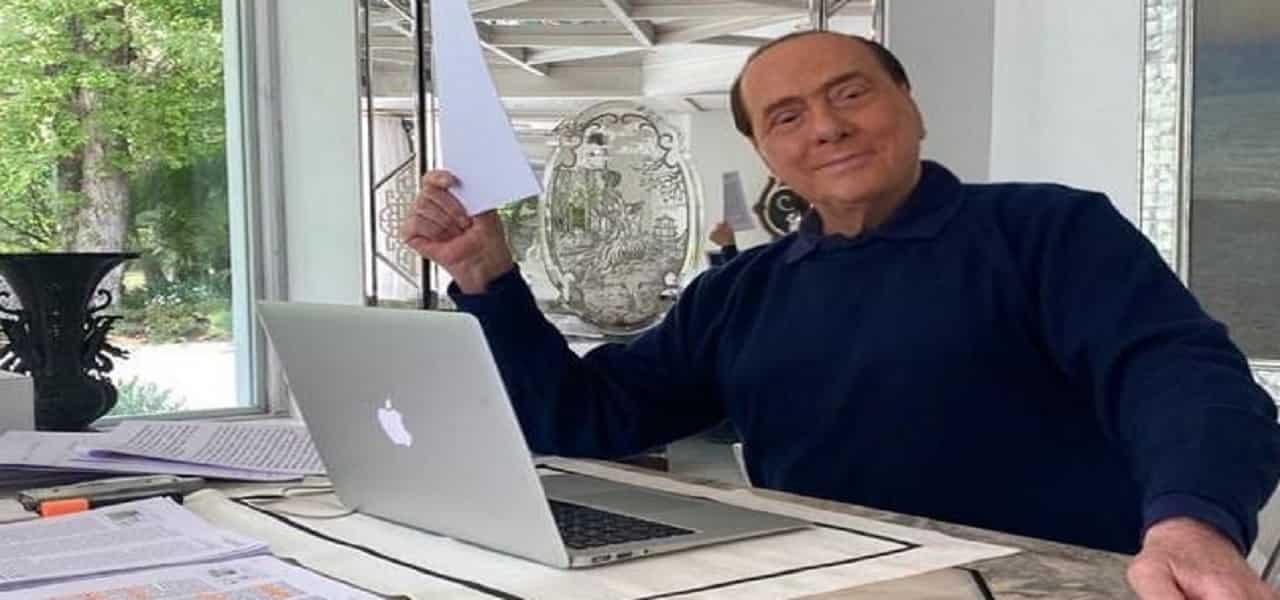 Silvio Berlusconi e Marta Fascina/ Vacanze in Costa Smeralda ...