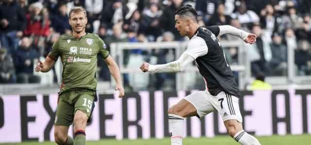 Cristiano Ronaldo Klavan Juventus Cagliari lapresse 2020 640x300