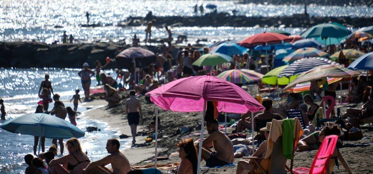 ostia mare spiaggia turismo 1 lapresse1280