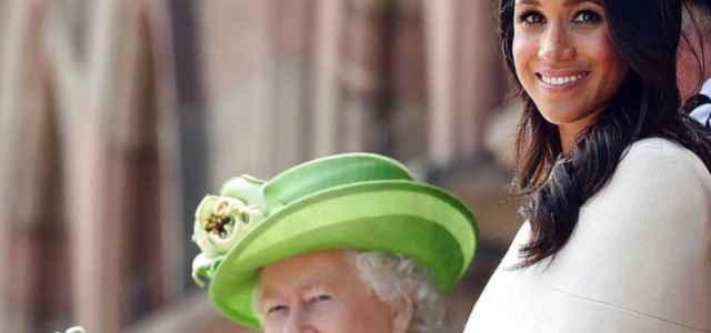 Regina Elisabetta e Meghan Markle Instagram 640x300