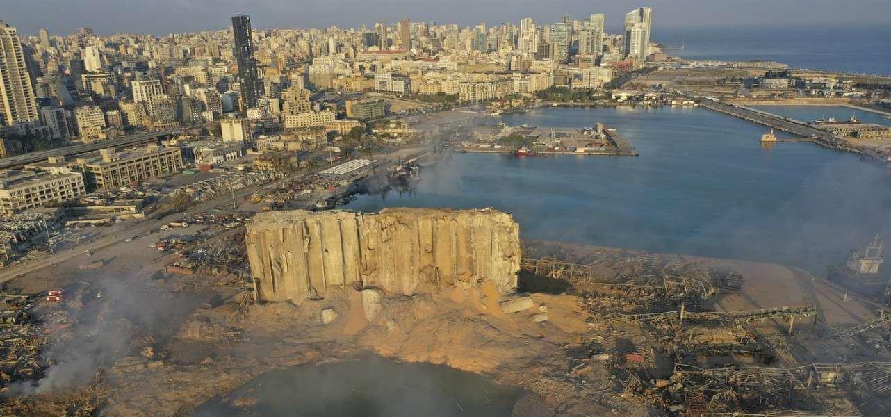 Beirut, esplosione in Libano/ Arrestato il direttore del porto, 149 le ...