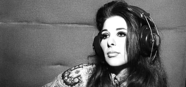 Bobbie Gentry recording at FAME Studios Muscle Shoals 1969 web optimised 1000 640x300