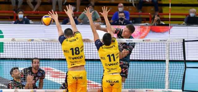 Perugia Modena attacco volley web 2020 640x300