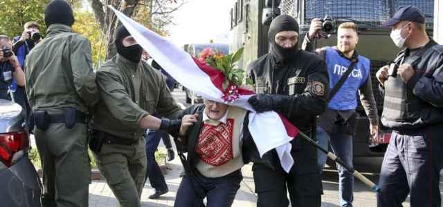 bielorussia protesta ninabahinskaya 1 lapresse1280 640x300