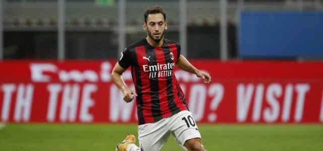 Hakan Calhanoglu Milan Bologna lapresse 2020 640x300
