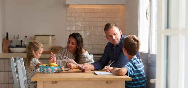 """Istruzione parentale o """"homeschooling"""""""