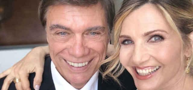 Lorella Cuccarini in compagnia del marito Silvio Testi