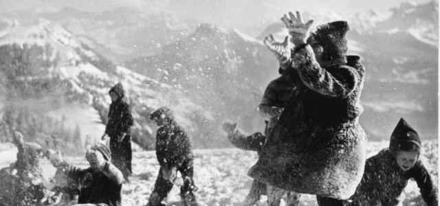 bambini montagna neve gioco lapresse1280 640x300