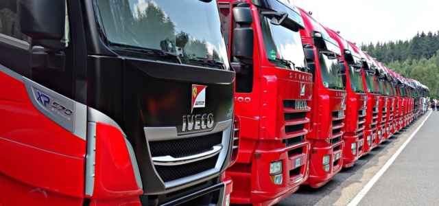 Camion iveco pixabay1280 640x300
