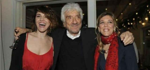 Susanna e Carlotta in compagnia di papà Gigi Proietti
