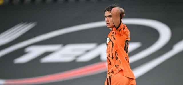 Paulo Dybala Juventus arancione lapresse 2020 640x300