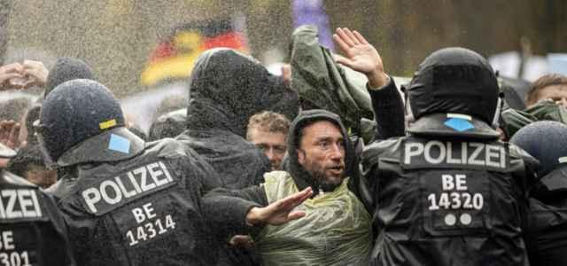 germania protesta 2 covid lapresse1280 640x300