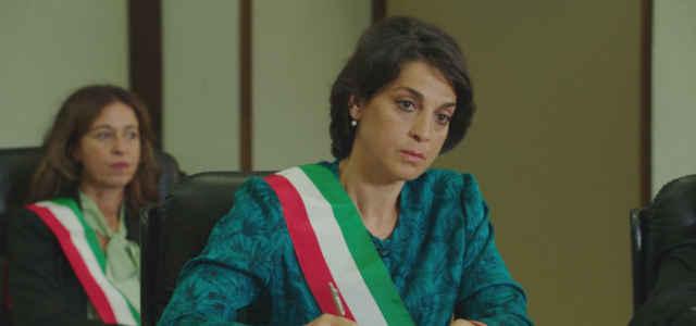 Donatella Finocchiaro interpreta Caterina Parisi nel docufilm 'Io, una giudice popolare al Maxiprocesso'