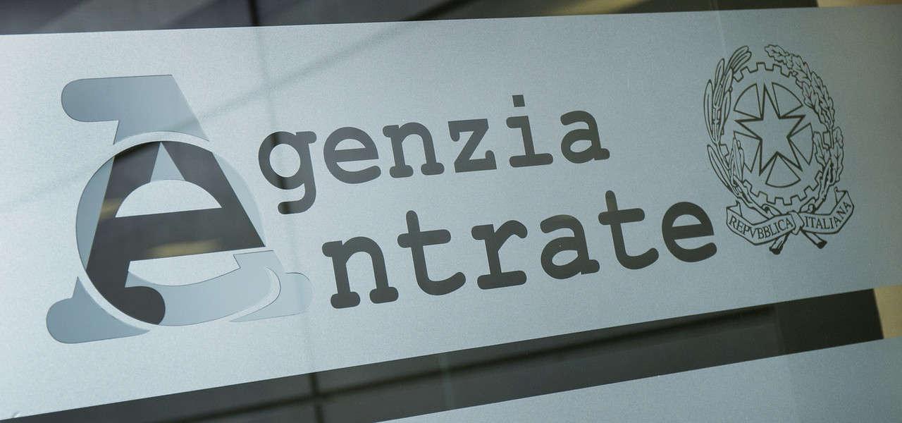 Agenzia Entrate Vetro Lapresse1280