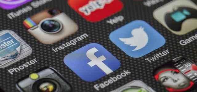 twitter facebook icone pixabay1280 640x300
