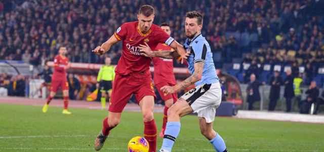 Dzeko Acerbi Roma Lazio lapresse 2021 640x300