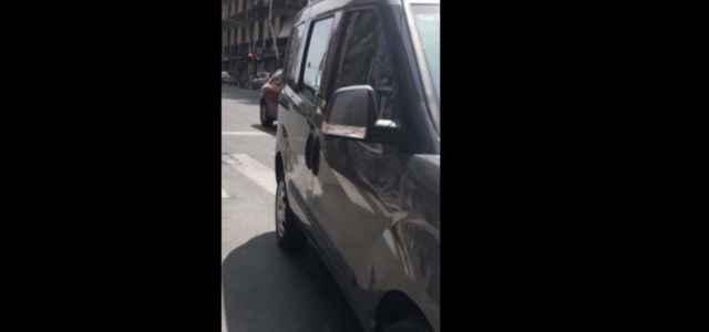 auto rubata ladri facebook 640x300