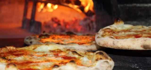 pizza forno pixabay 640x300