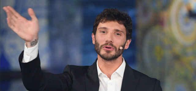 Il conduttore Stefano De Martino