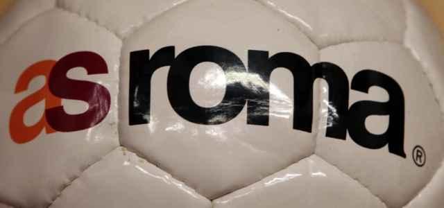 Roma scritta logo pallone lapresse 2021 640x300