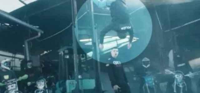 rapper fuma video poliziotto morto 640x300