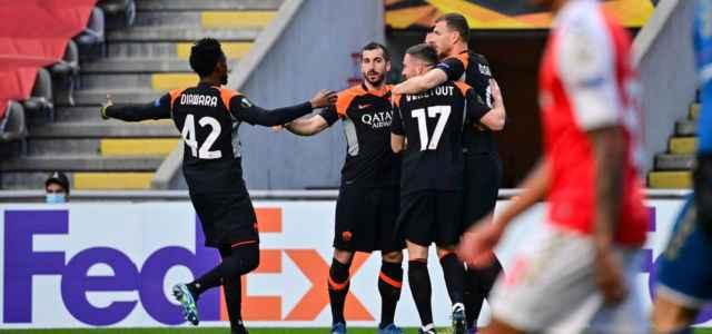 Dzeko Roma esultanza Braga lapresse 2021 640x300