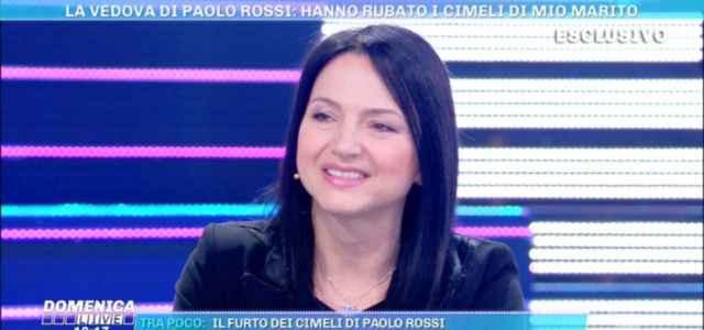 federica moglie paolo rossi domenica live 640x300