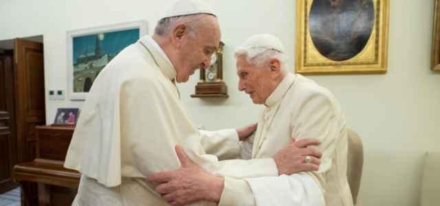 Ratzinger e Francesco