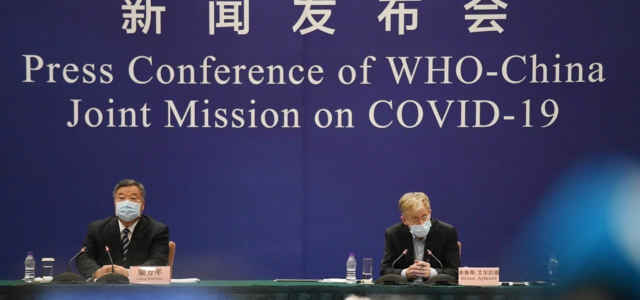 Covid, la missione del team OMS a Wuhan