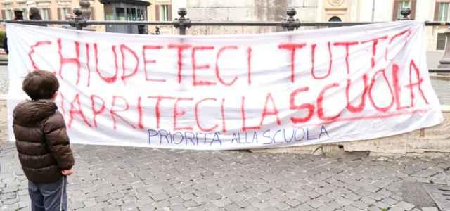 scuola studenti protesta 9 lapresse1280 640x300