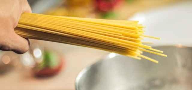 spaghetti pasta pentola pixabay1280 640x300