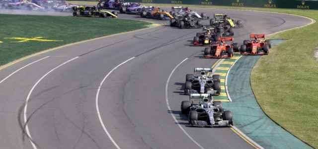Hamilton gruppo Formula 1 lapresse 2021 640x300