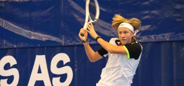 Leo Borg rovescio tennis facebook 2021 1 640x300