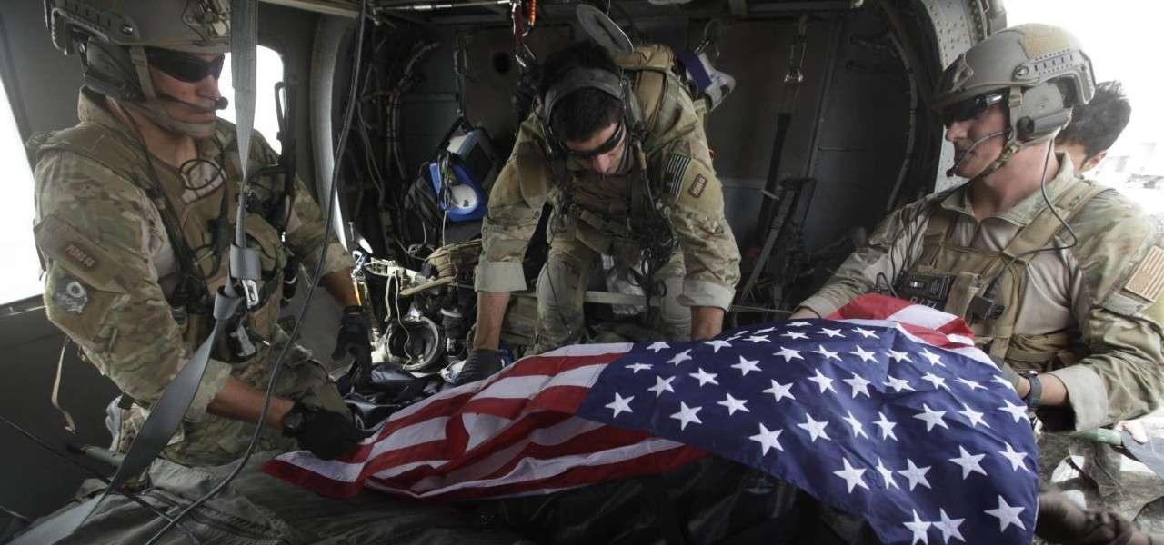 america soldati guerra bandiera 1 lapresse1280