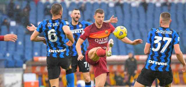 Dzeko De Vrij Brozovic Skriniar Roma Inter lapresse 2021 640x300