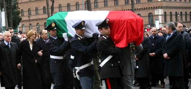 calipari funerale stato 1 lapresse1280 640x300