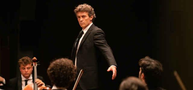 Luca Marioni (Alessio Boni) in una scena de 'La Compagnia del Cigno 2'